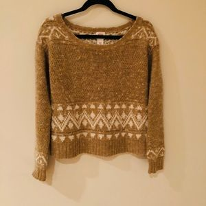Vintage looking sweater